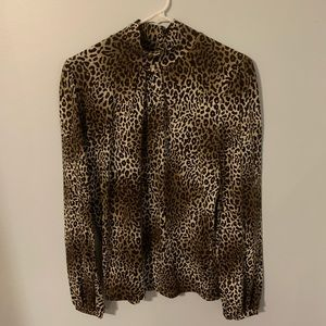 Jones New York Sport cheetah print medium shirt
